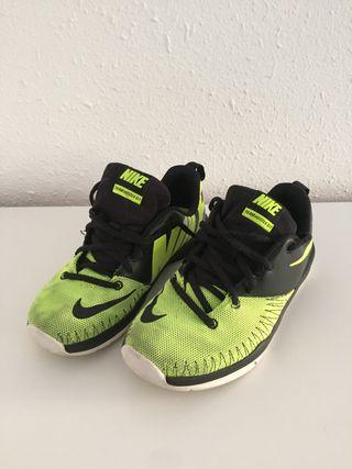 Zapatos Nike talla 37,5
