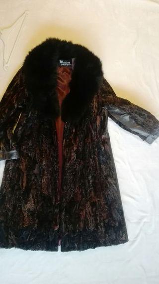 Abrigo piel Astracán. Negociable!!