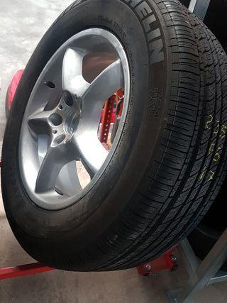 neumático mas llanta de aluminio bmw