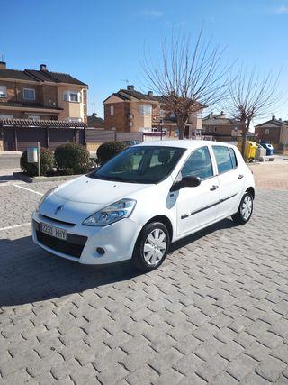 Renault Clio 1.5dci 80cv año 2012 110.000km reales