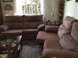 Dos sofás casi nuevos