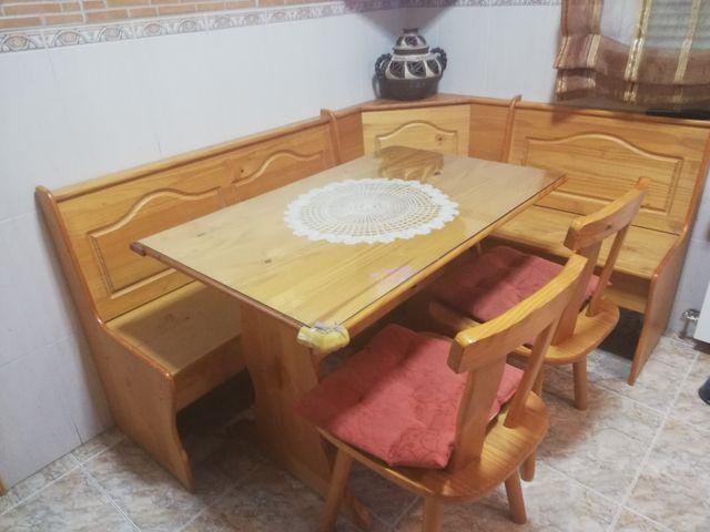 Mesa rinconera cocina con bancos de segunda mano por 140 € en ...