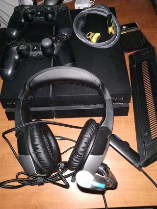 PS4 slim 1TB+2 mandos+ accesorios