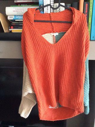 Precioso jersey de lana y nylon marca Kling.