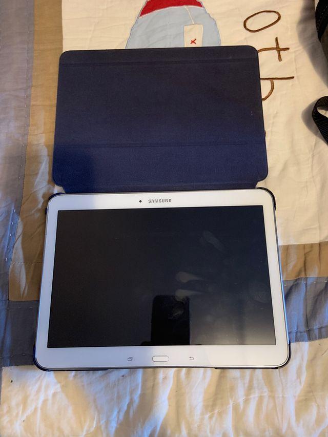 Tablet Samsung T4