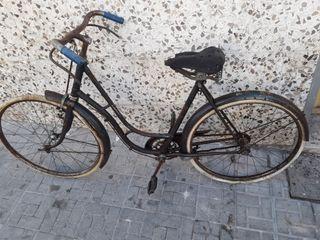 Bicicleta clásica Orbea con frenos de varilla