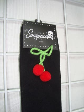 SOURPUSS Calcetines Pin Up Rockabilly Cereza Negro