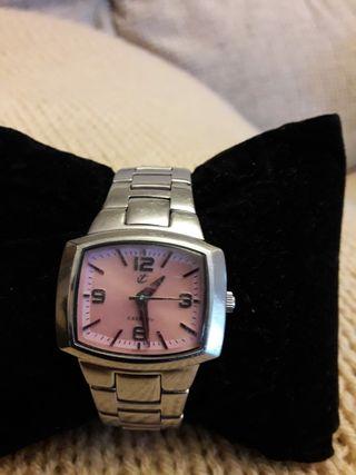 reloj pulsera de acero