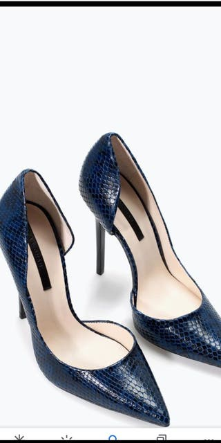 zapato de salon de serpiente su precio 59'99€
