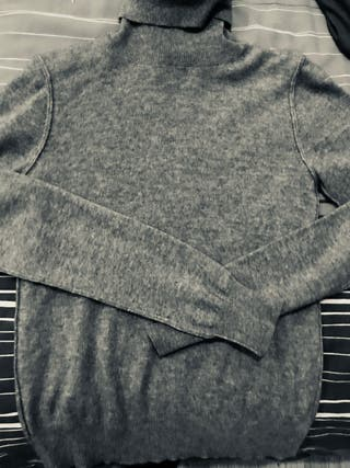 Cashmere top by Dolce&Gabbana