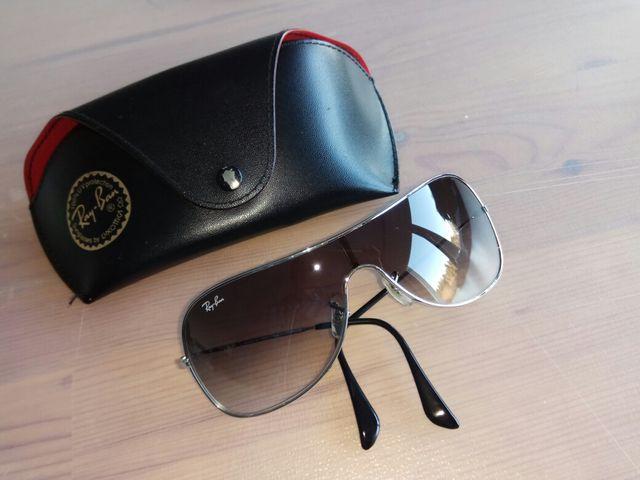 abe89b39eeeddd Gafas de sol Ray-Ban RB 3211 Extra Small de segunda mano por 28 € en ...