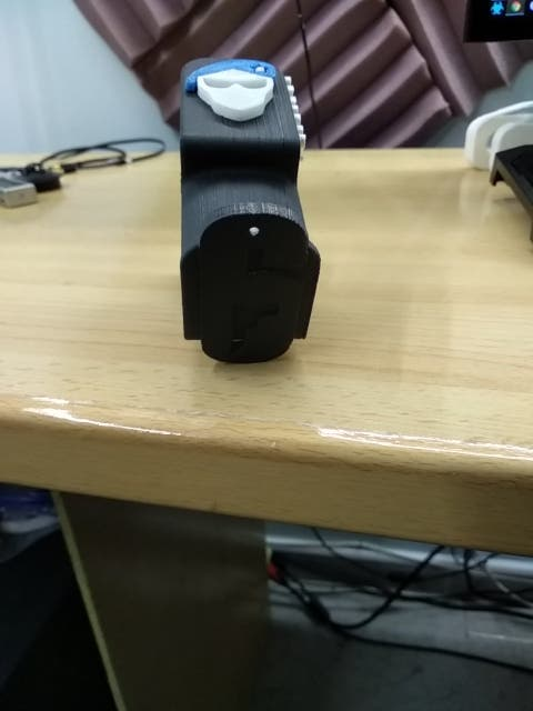 soporte para casco personalizado