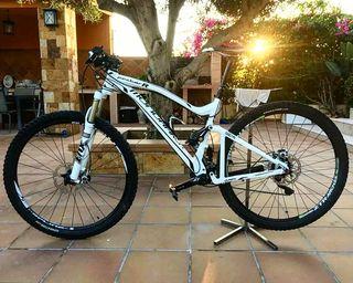 Bicicleta Mondraker factor R