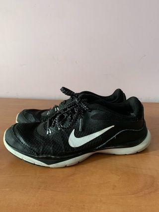 new product 64571 5ac2f Zapatillas Nike negras