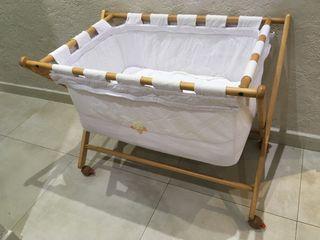 Cuna para bebé/Moises + MOSQUITERA ¡GARAGE SALE!