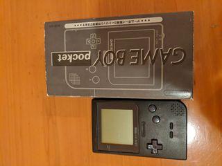 Game boy pocket negra con caja e instrucciones