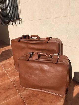 Juego de maletas de piel antiguas