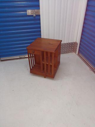 Mueble giratorio