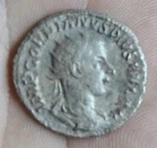 moneda romana (antoniano)