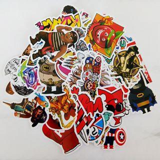 Pack 100 Stickers Pegatinas Heroes Juegos Series