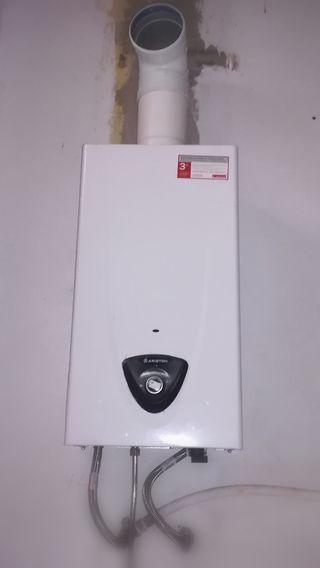 Calentador de Gas seminuevo