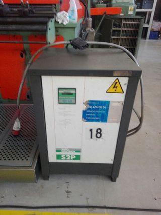 Cargador para carretillas electricas 24V