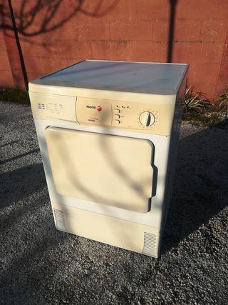 secadora Fagor condensación.