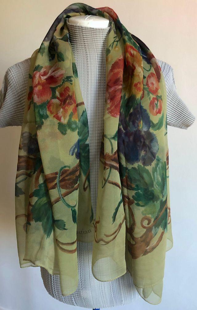 Achat/Vente nouvelle collection qualité et quantité assurées Grand Foulard soie imprimé Vert