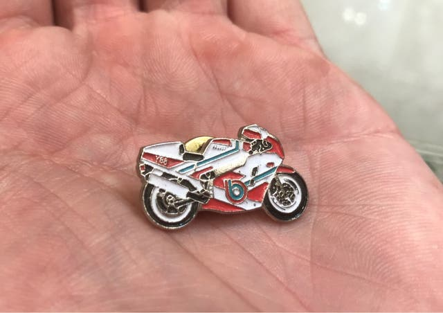 Pin Bimota YB8