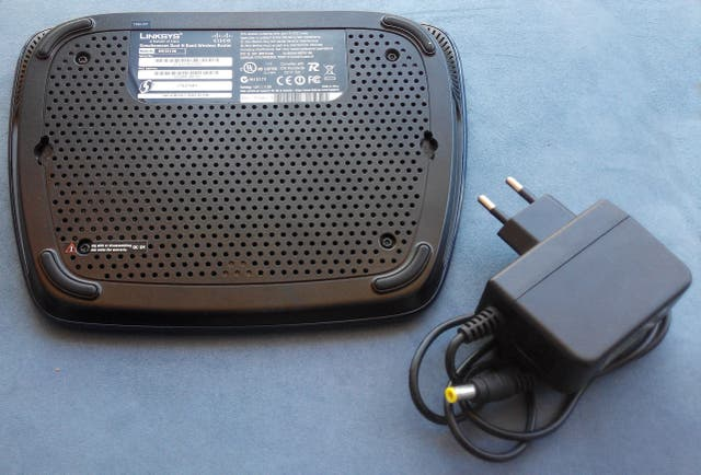 Router Linksys WRT610N