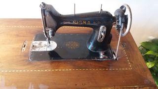 maquina de coser antigua sigma con mesa