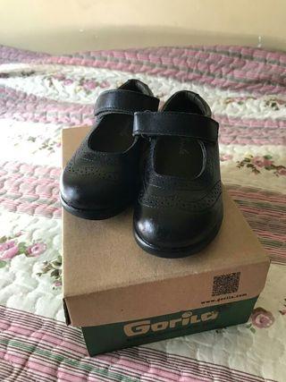 Zapatos colegiales Gorila T-25