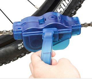 limpia cadenas bicicleta