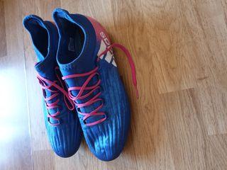Botas de fútbol Adidas. Talla 43.