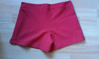 pantalon corto rojo
