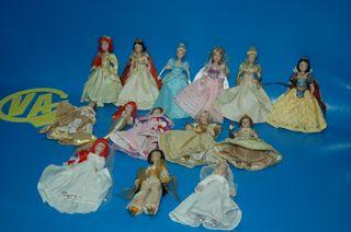 Lote de 14 muñecas porcelana PRINCESAS DISNEY -