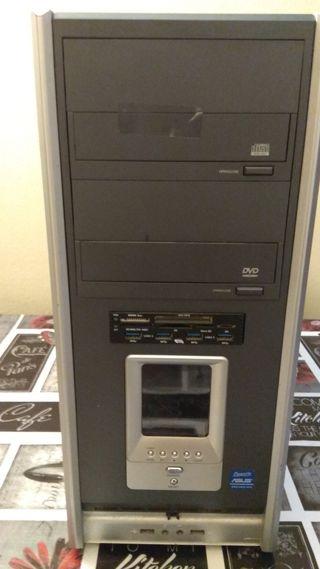 PC ordenador sobremesa con SSD
