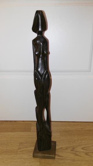 Figura madera maciza de cedro