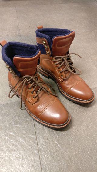 Botas de vestir de cuero marrón de zara 42