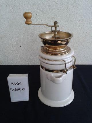 MOLINILLO CAFE PORCELANA BLANCA