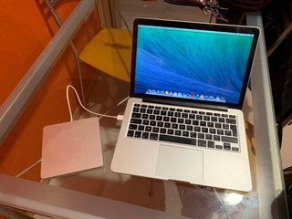 Se vende macbook pro 11,1