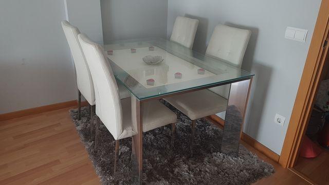 Mesa y sillas Kibuc de segunda mano por 400 € en Cuarte de ...