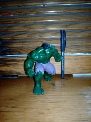 Hulk Marvel Disney Deluxe.