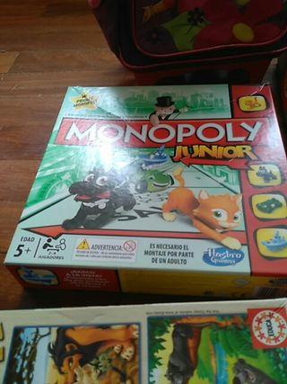 Monopoly junior y puzzles