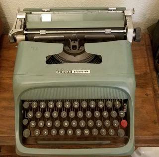 Maquina de escribir OLIVETTI STUDII 44