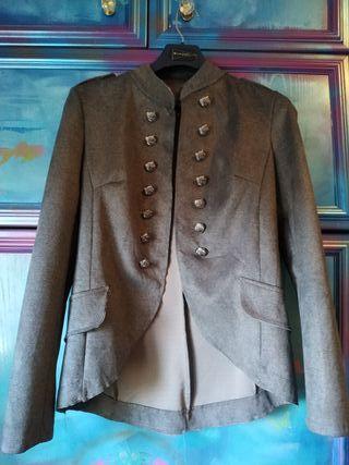 casaca gris