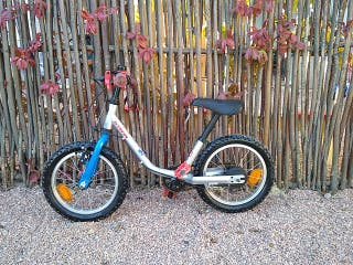 Bicicleta B-TWIN 14 pulgadas