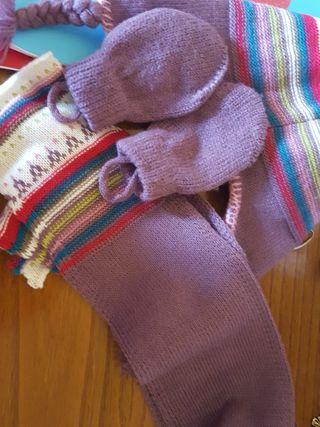 gorro bufanda y manoplas