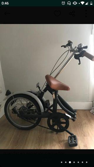 Bicicleta plegable transportable