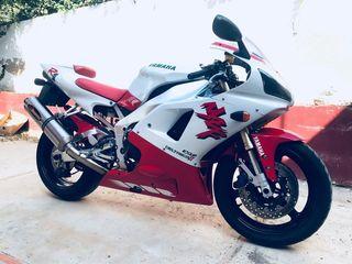 Yamaha YZF R1 1998 blanca/roja
